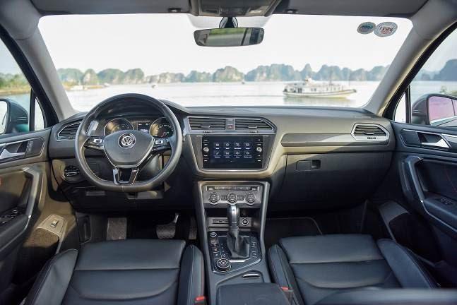 Volkswagen Tiguan Allspace Highline: SUV 7 cho dam chat duc - 3