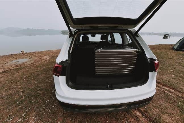 Volkswagen Tiguan Allspace Highline: SUV 7 cho dam chat duc - 4